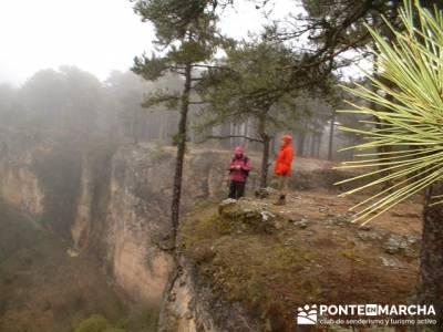 Monumento Natural de Palancares y Tierra Muerta; club de montaña en madrid